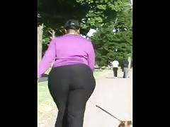 Booty candid - Black mature