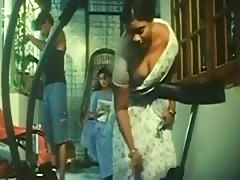Indian sexy Maid Hot Cleavage Show